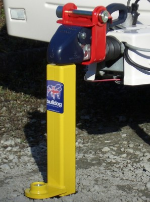 Bulldog caravan hitch post