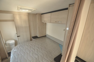 Caravelair Antares 480 bedroom