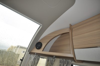 2021 Bailey Phoenix+ 644 caravan lounge