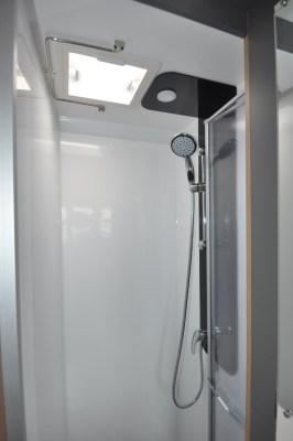 2021 Bailey Adamo 69-4 Ecomel shower