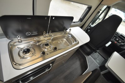 2021 Auto-Trail Expedition 67 motorhome kitchen