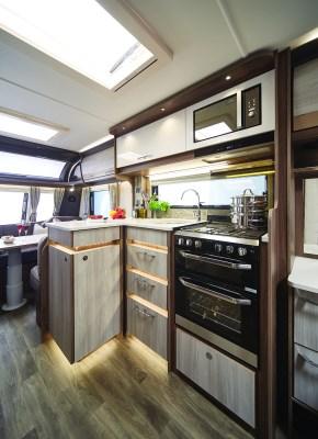 2021 Coachman Lusso caravan