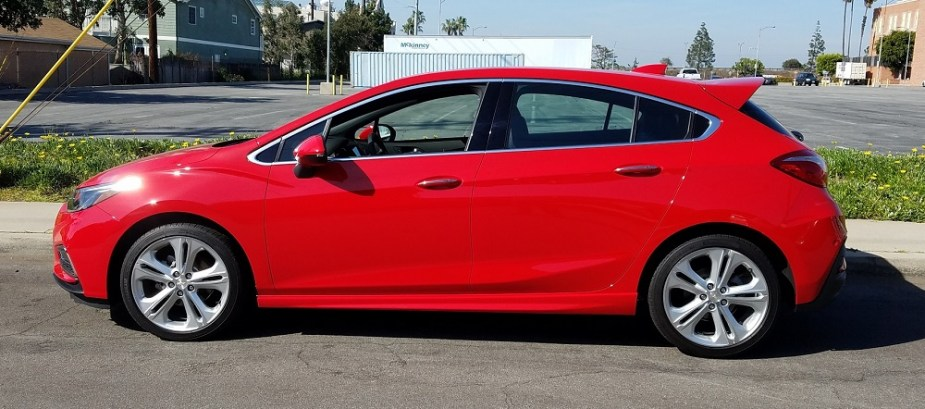 Chevrolet Cruze Rs Hatchback Desperately In Need Of An Ss Badge