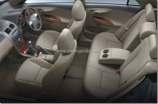 toyota corolla altis diesel india interiors