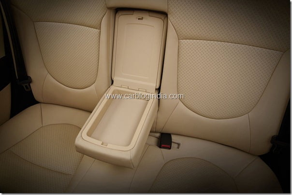 Hyundai Verna Rb 2011 Interiors and features (2)