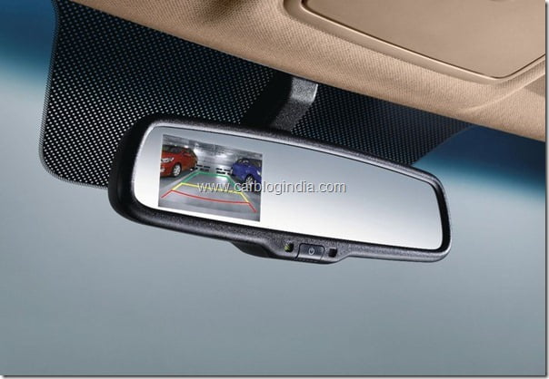 Hyundai Verna Rb 2011 Interiors and features (4)