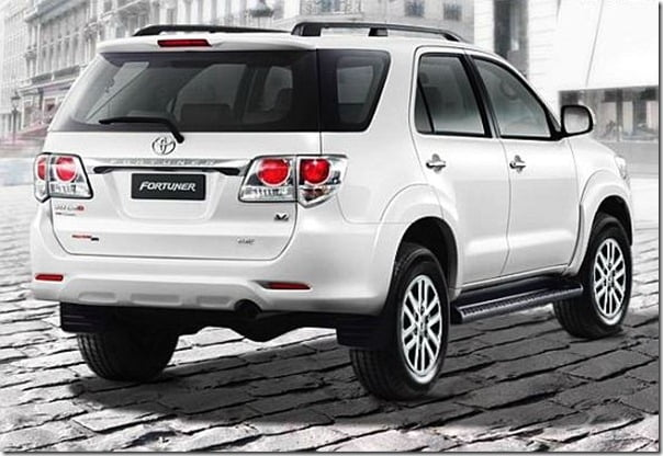 2012-Toyota-Fortuner-SUV-rear-view-image