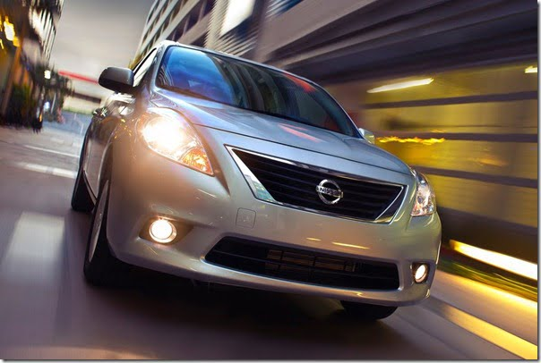 Nissan-Versa_Sedan_2012_1024x768_wallpaper_03
