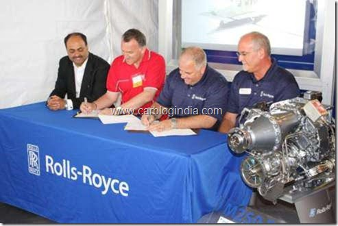 Signing of the development agreement at EAA AirVenture Oshkosh (left to right) Mr Arvind