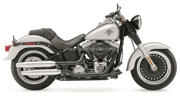 2010 FLSTFB Softail Fat Boy Low, right broadside