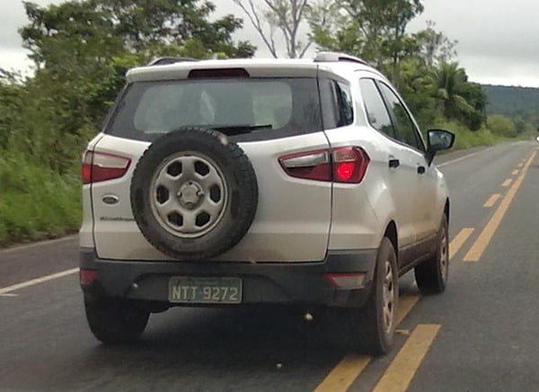 Ford EcoSport Production Car Spy Pictures (3)