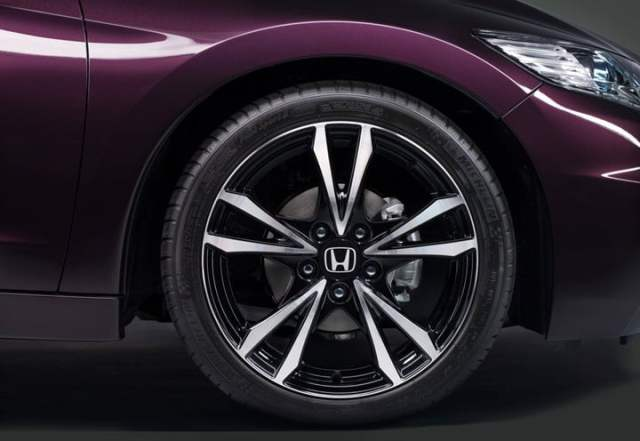 2013 Honda CR-Z alloy design