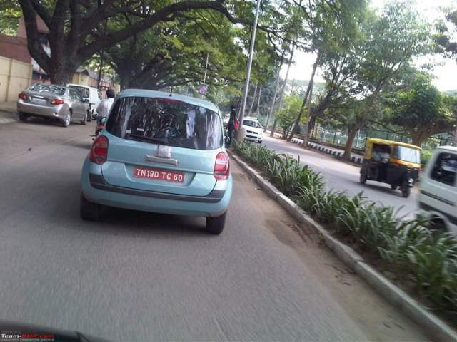 Renault Modus Spied In India (1)