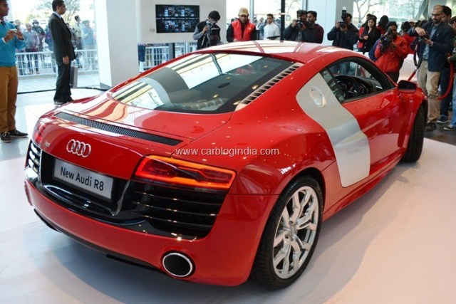 2013 Audi R8 Launch In India By Race 2 Star Cast (7)