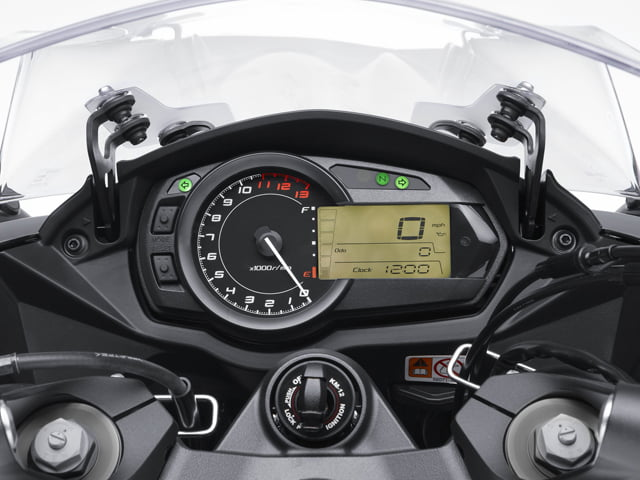 Kawasaki Ninja 1000 India Price Features Specs (4)