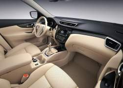 2014 Nissan X-Trail Interior Fron Cabin Passenger Seat View