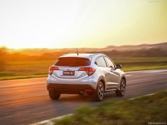 Honda-HR-V_2015_800x600_wallpaper_09