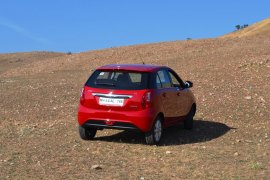 Tata Bolt Review By Car Blog India (18)