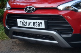 hyundai-i20-active-red-front-bumper