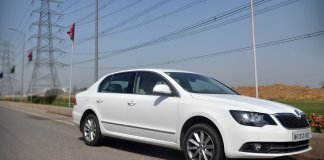skoda-superb-diesel-automatic-review-pics-1