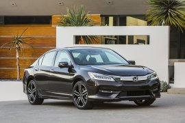 honda-accord-2016-india-facelift-front-angle