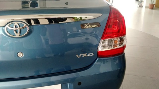 2015-toyota-etios-xclusive-limited-edition-pics-rear