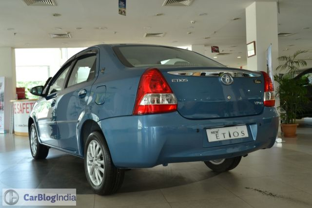2015-toyota-etios-xclusive-limited-edition-rear-pics-0003