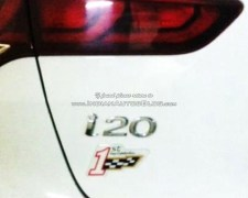 hyundai-elite-i20-celebration-edition-india-pics-badge