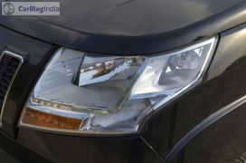 mahindra-tuv300-test-drive-review-black-headlamp
