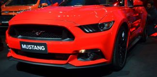 ford-mustang-india-launch- (9)
