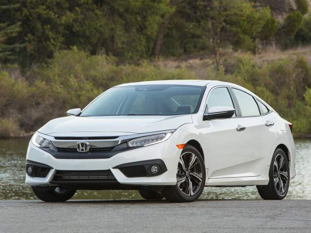 Upcoming Sedan Cars in India 2016 -17 Price, Pics, Launch New Honda Civic Diesel India launch in April, 2017. 2016 Civic White Front Quarter Image