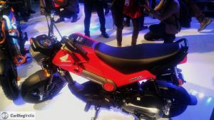 2016-honda-NAVI-red-colour-auto-expo-images