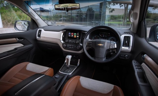 New Chevrolet Trailblazer 2017 India Launch, Price, Specification 2017-chevrolet-trailblazer-facelift-india-launch-official-images (3)