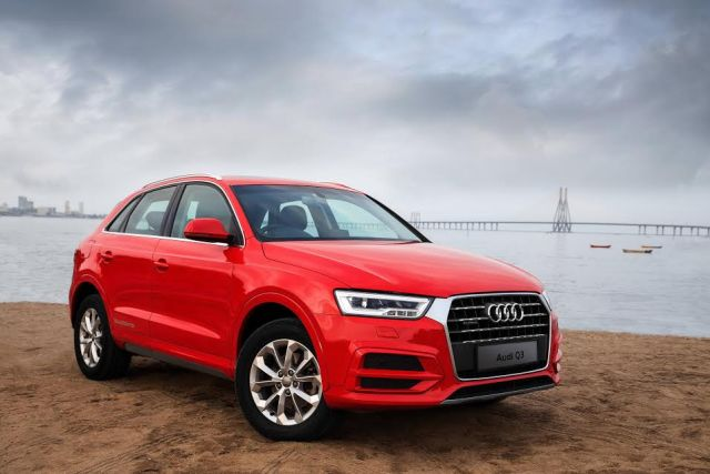 Audi Q3 Dynamic Edition India Price 39.78 lakh; Features, Specifications audi-q3-dynamic-edition-official-image-front-angle