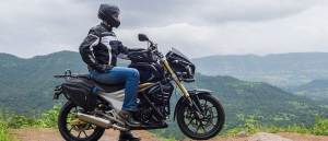 mahindra-mojo-tourer-edition-official-images-side-2