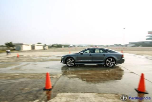 audi-rs7-audi-driving-experience