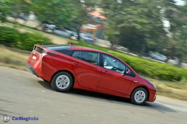 New Toyota Prius Test Drive Review India, Ride, handling, specifications new-toyota-prius-test-drive-review-india-5