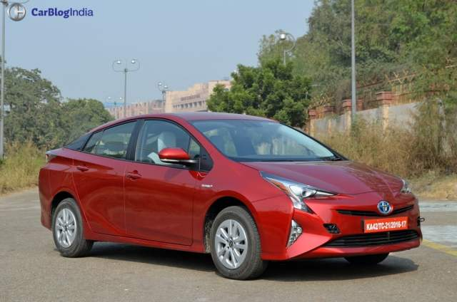 New Toyota Prius India Launch in January 2018; Price 40 lakhs new-toyota-prius-test-drive-review-india-8