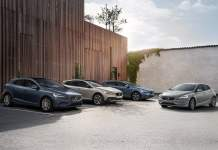 2017 volvo v40 india official image