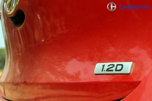2017 hyundai grand i10 facelift test drive review badge