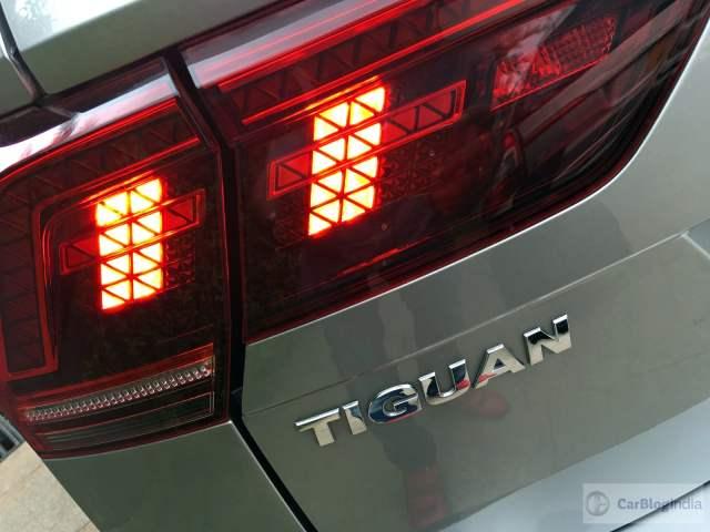 volkswagen tiguan test drive review images rear badge