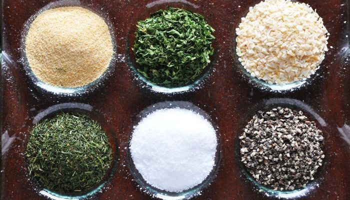 Gluten-Free Living 101: How to Avoid Foods That Cause Gluten Disorders
