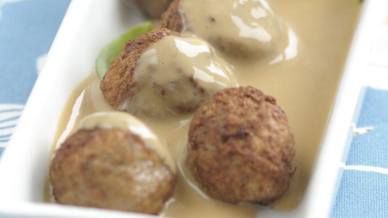 Low-Carb Swedish Meatballs in Brown Sauce