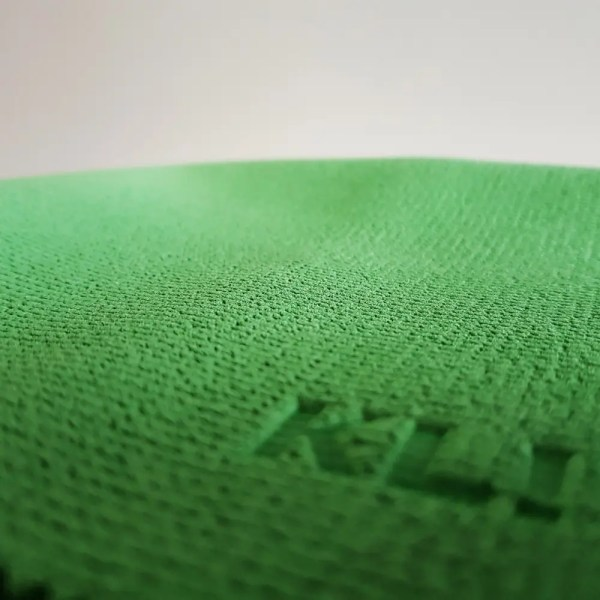 Klin Korea - Green Monster - 40 x 36 cm - close up