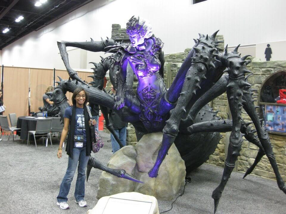 Me posing in front of a Drider in Wizard of the Coast's booth