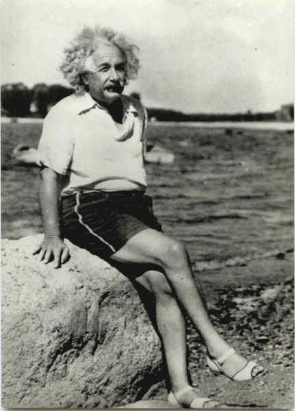 https://i2.wp.com/www.cardcow.com/images/albert-einstein-at-beach-1945-celebrities-28954.jpg