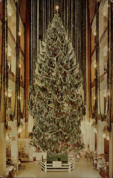 The Famous Sterling Lindner Christmas Tree Cleveland OH