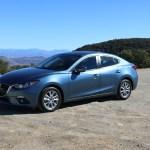 2016_Mazda_Mazda3_004