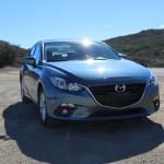 2016_Mazda_Mazda3_010