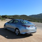 2016_Kia_Optima_Eco-Hybrid_041